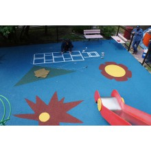 Детская площадка в эко-комплексе «Лель»
