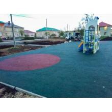 Сделали очередной объект по программе Башкирские дворики - детскую площадку в п.Первомайский, Благоварский район